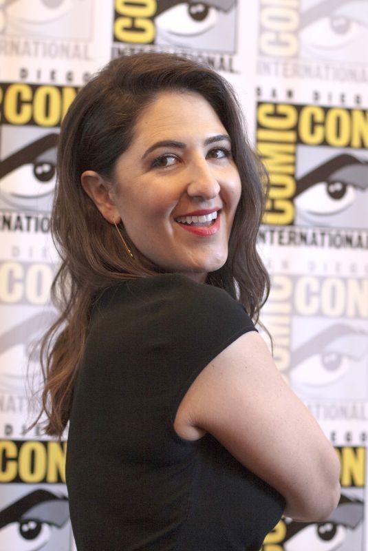D'ARCY CARDEN at The Good Place Photocall at Comic-con in San Diego 07/21/2018