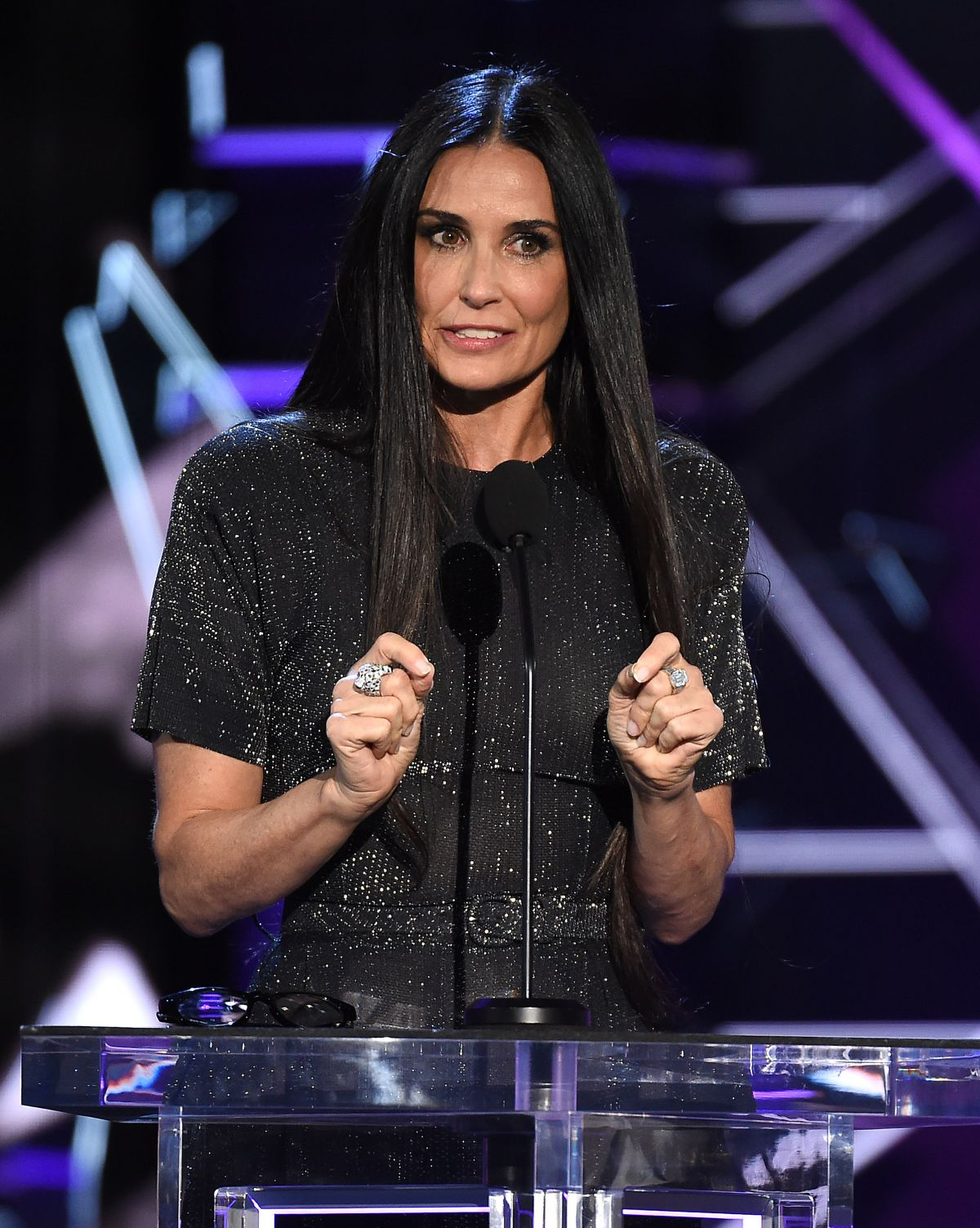 DEMI MOORE at Comedy C...