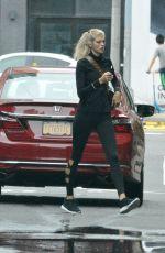 DEVON WINDSOR Heading to a Gym in New York 07/23/2018