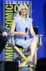 ELIZABETH BANKS at Warner Bros. Panel at Comic-con in San Diego 07/21/2018