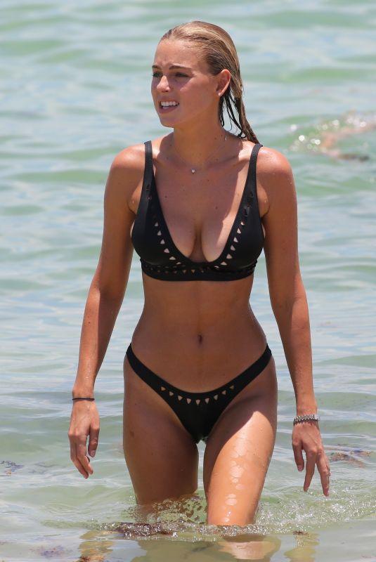 ELIZABETH TURNER in Bikini on the Beach in Miami 07/15/2018