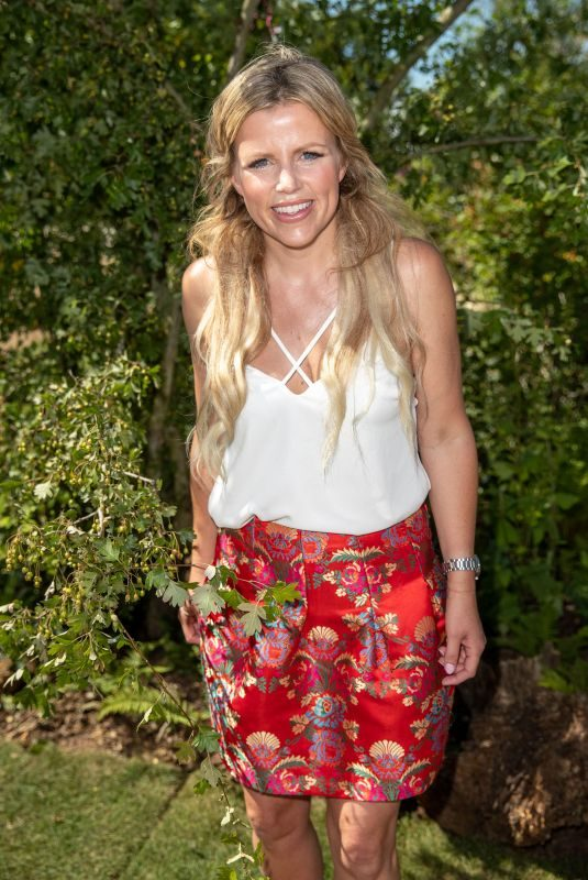 ELLIE HARRISON at Hampton Court Flower Show 07/02/2018