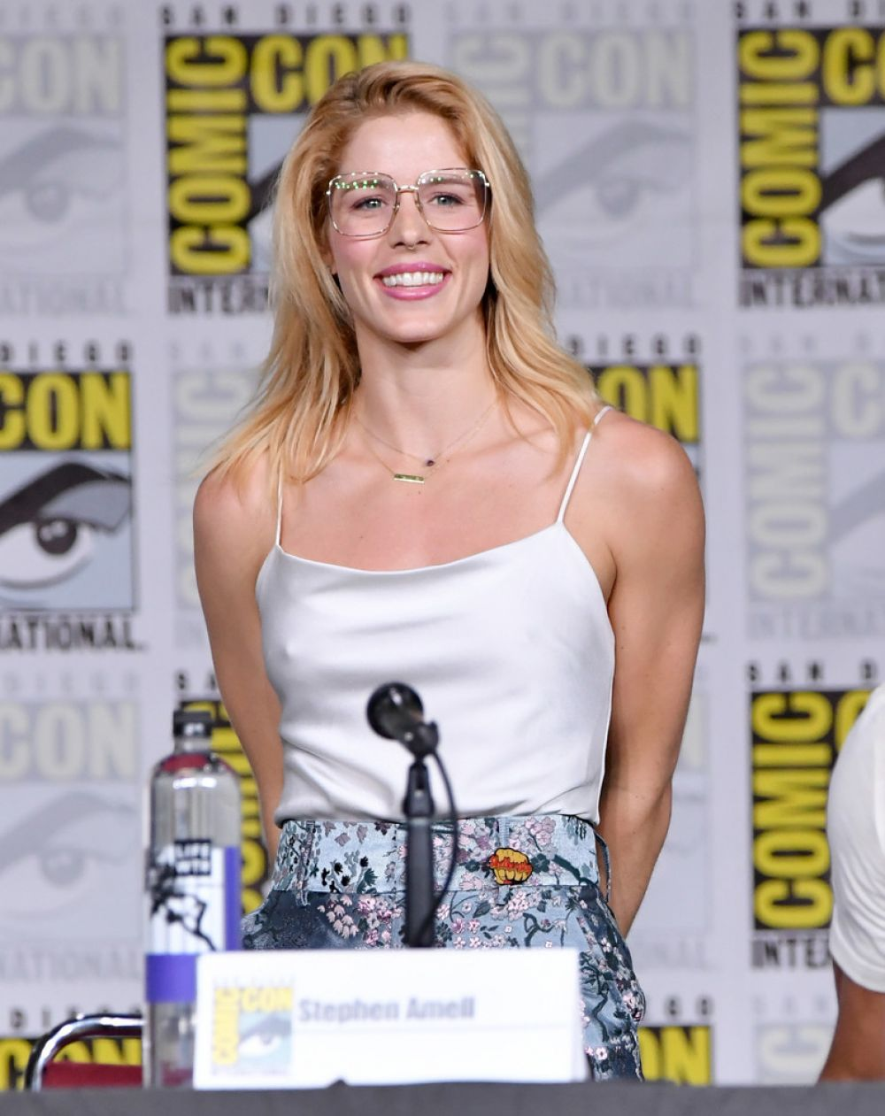 Emily Bett Rickards At Arrow Panel At Comic Con In San Diego 07 21