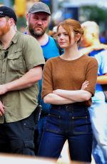 EMMA STONE Filming Billy on the Street in New York 07/16/2018