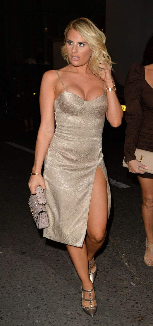 FERNE MCCANN, DANIELLE ARMSTRONG and JESSICA WRIGHT at ...