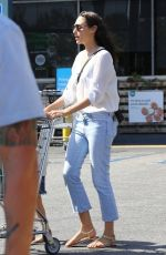 GAL GADOT Shopping at Whole Foods in Inglewood 07/19/2018