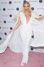 GIGI GORGEOUS at Los Angeles Beautycon Festival 07/14/2018