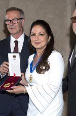 GLORIA ESTEFAN Receives Gold Medal of Merit in Madrid 07/23/2018