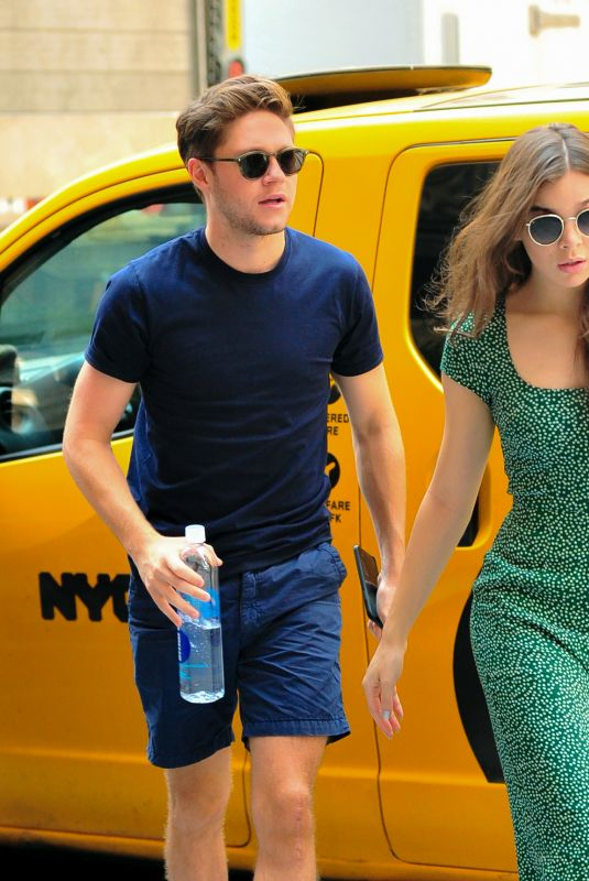 hailee steinfeld and niall horan shopping at saks fifth. Black Bedroom Furniture Sets. Home Design Ideas