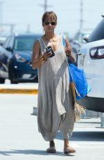 HALLE BERRY Shopping at Ikea in Burbank 07/28/2018
