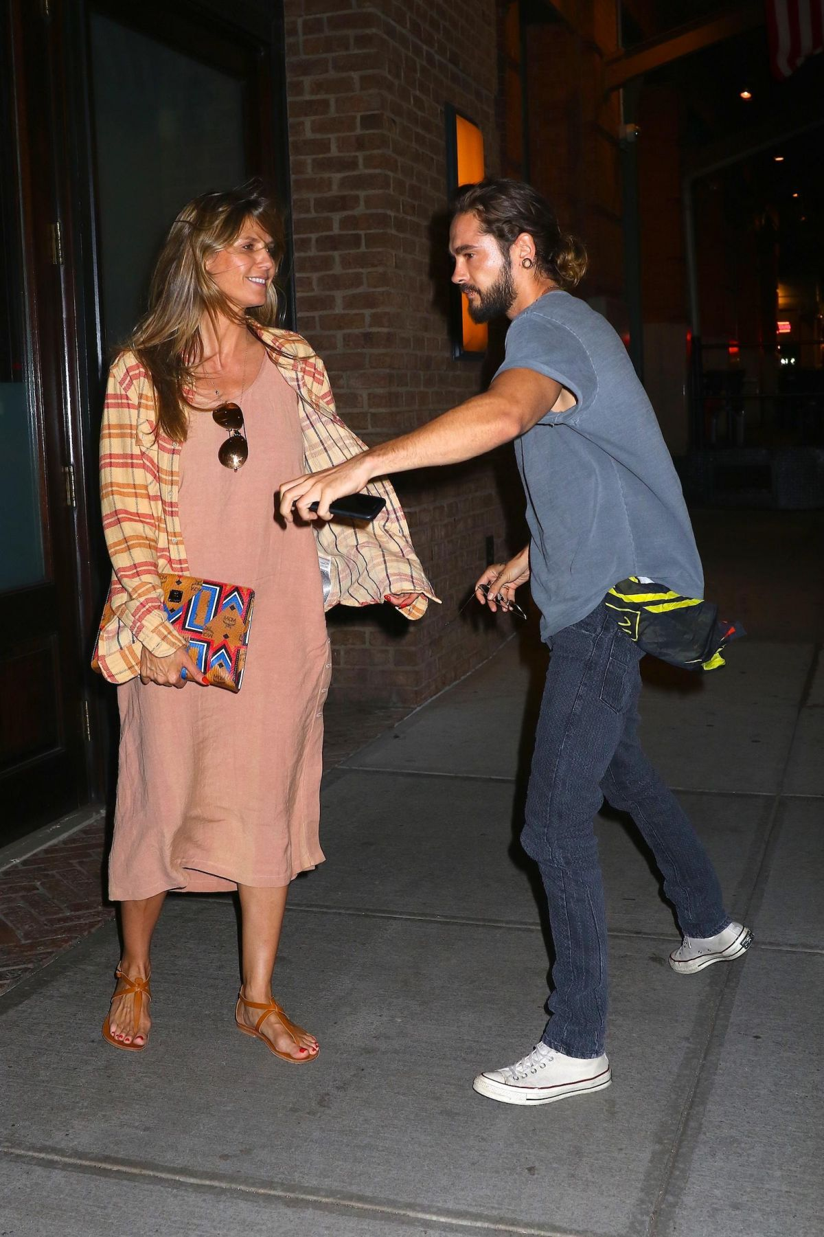 Heidi Klum And Tom Kaulitz Arrives At Their Hotel In New York 07 06