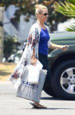JENNIE GARTH Shopping at Big 5 in Los Angeles 07/16/2018