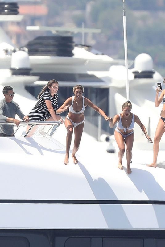 JENNIFER FLANVIN, SISTINE, SOPHIA and SCARLET STALLONE at a Yacht in Nice