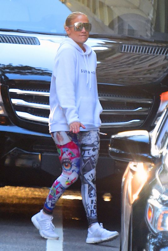 JENNIFER LOPEZ Heading to a Gym in New York 07/01/2018