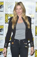 JES MACALLAN at Legends of Tomorrow Photocall at Comic-con in San Diego 07/21/2018