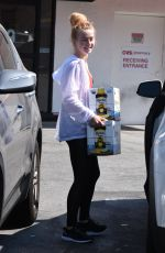 JULIANNE HOUGH Buying a Boxes of Beer in Studio City 07/04/2018