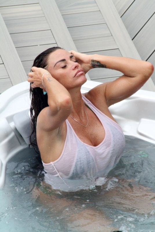 KATIE PRICE in a Hot Tub in Glasgow 06/16/2018