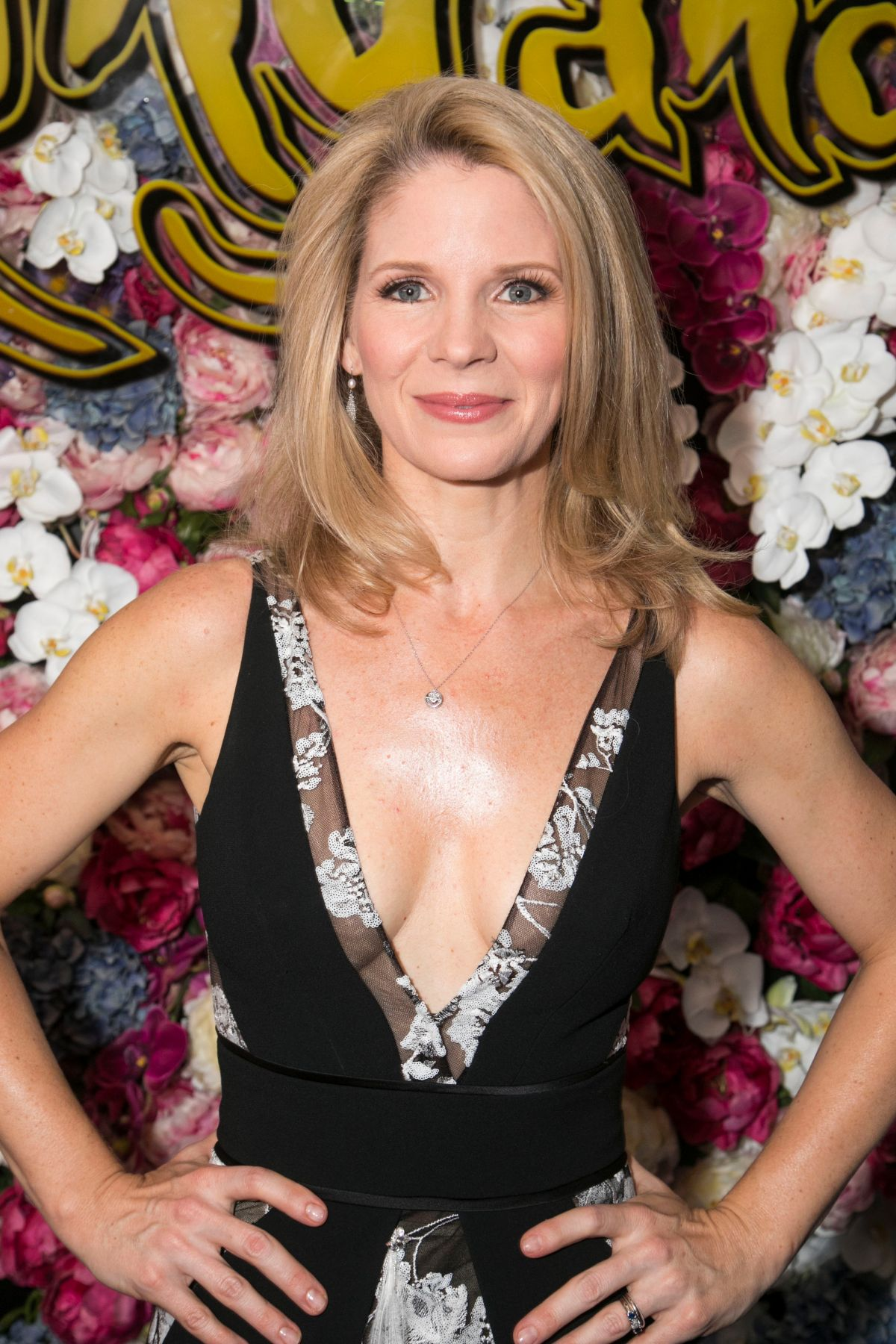 Kelli O'Hara Nude Photos 75