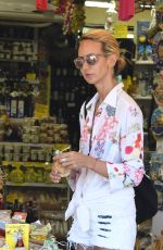 LADY VICTORIA HERVEY Out and About in Ischia 07/20/2018