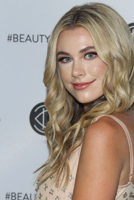 PAIGE LORENTZEN at Los Angeles Beautycon Festival 07/14/2018