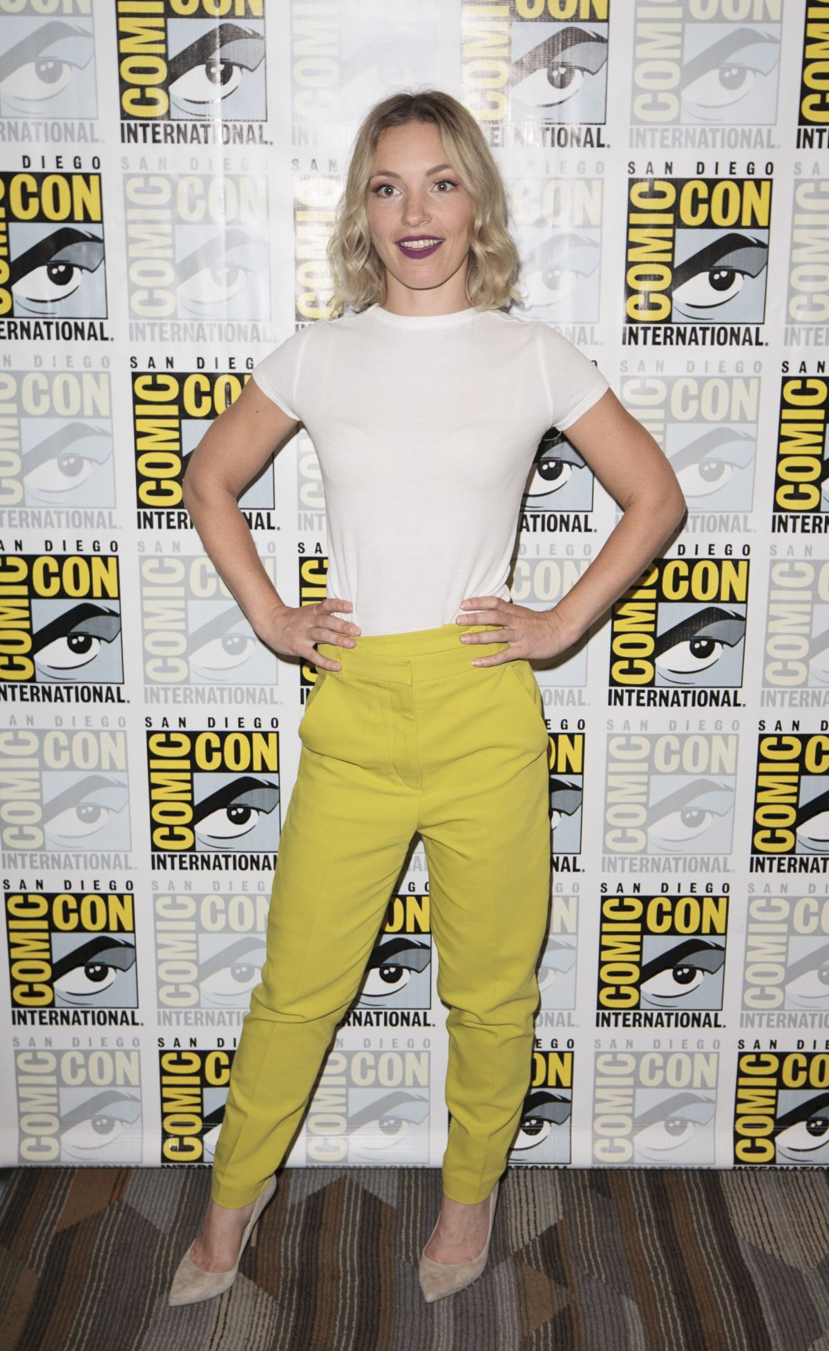 Perdita Weeks At Charmed Photocall At Comic Con International In San