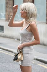 PIXIE LOTT at AOL Build in London 07/17/2018