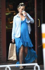 Pregnant KATE HUDSON Out Shopping in Aspen 07/18/2018