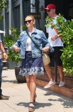 REESE WITHERSPOON at Tavern Restaurant in Brentwood 07/28/2018