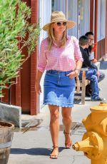 REESE WITHERSPOON Out and About in Los Angeles 07/19/2018