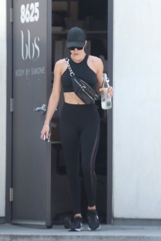 ROSIE HUNTINGTON-WHITELEY Leaves a Gym in Los Angeles 07/26/2018