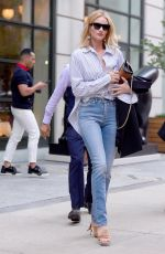 ROSIE HUNTINGTON-WHITELEY Out and About in New York 07/18/2018