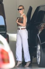 ROSIE HUNTINGTON-WHITELEY Out in Los Angeles 07/11/2018