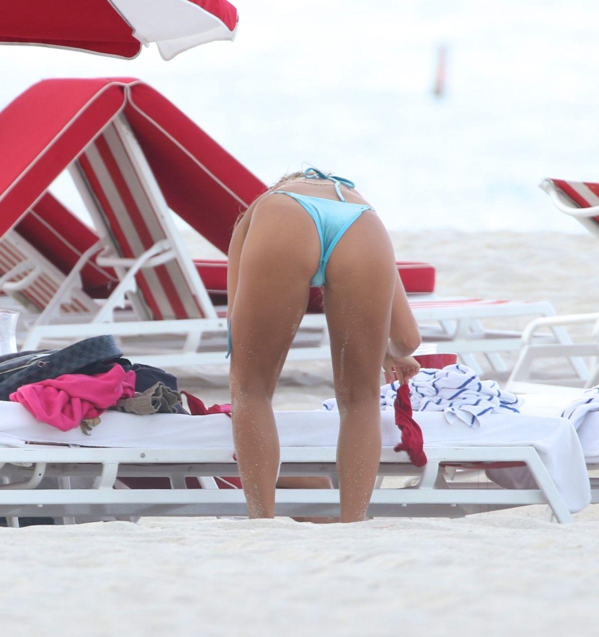 Bikini Sarah Kohan nudes (92 photos), Sexy, Sideboobs, Feet, cleavage 2006