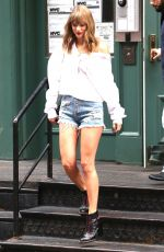 TAYLOR SWIFT in Denim Shorts Leaves Her Apartment in New York 07/22/2018