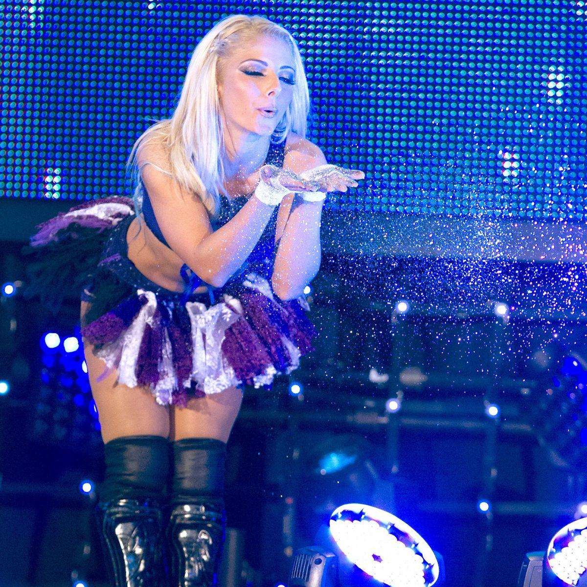 WWE – Evolution of A... Jennifer Lopez Concert 2019