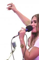 ABBY ANDERSON Performs at BFI Rooftop on the Row in Nashville 08/21/2018
