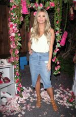 AMBER LANCASTER at Shoedazzle x Dear Rose