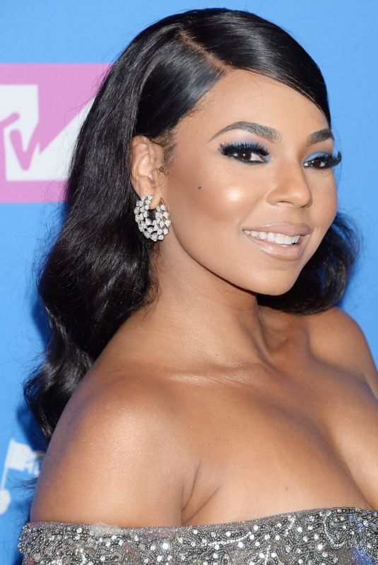 ASHANTI at MTV Video Music Awards in New York 08/20/2018