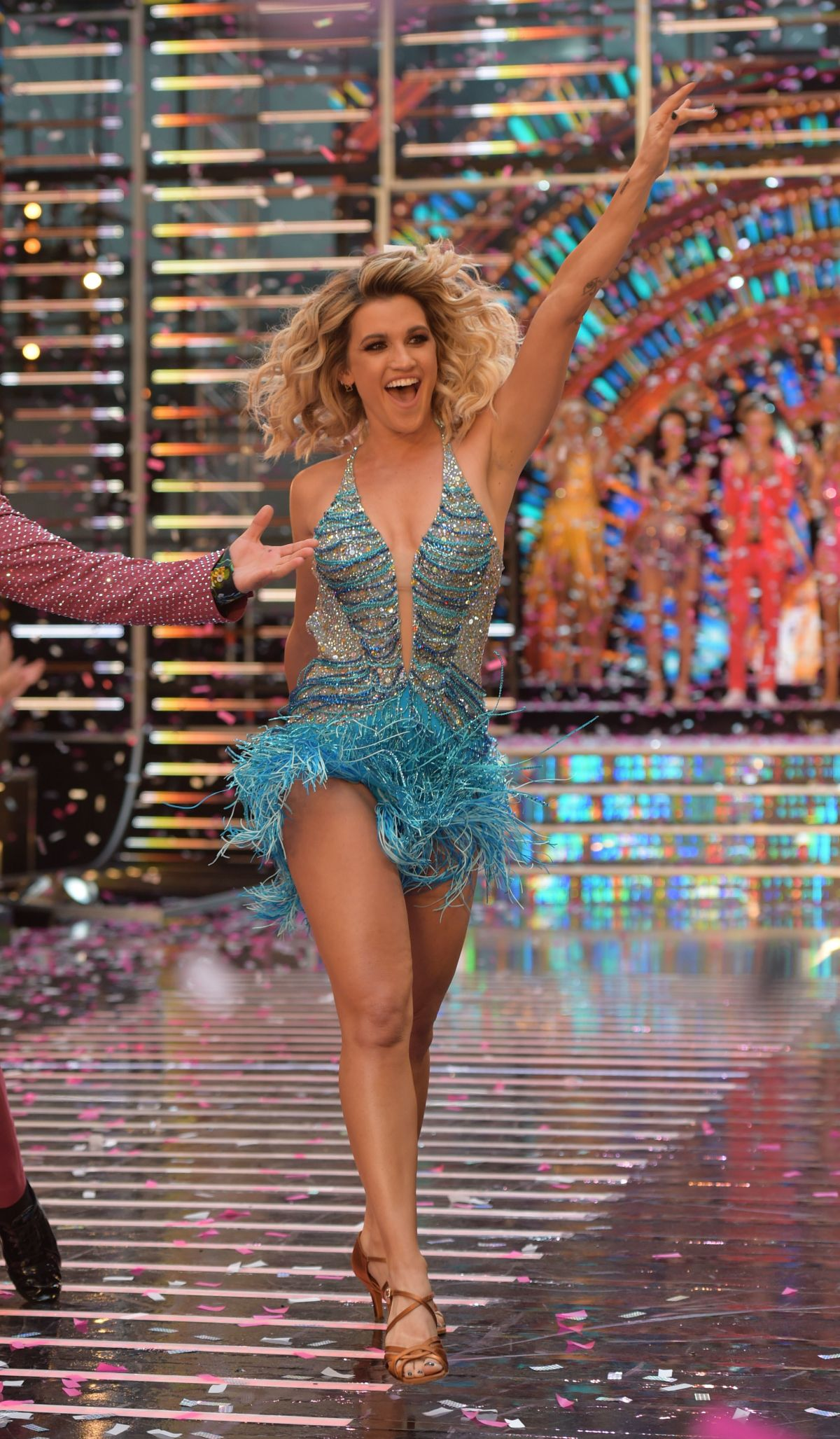ashley roberts joining strictly - HD1200×2055