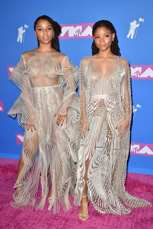 CHLOE and HALLE BAILEY at MTV Video Music Awards in New York 08/20/2018