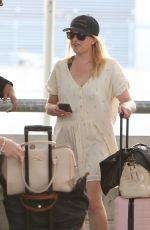 ELIZABETH MOSS at Airport in Toronto 08/12/2018
