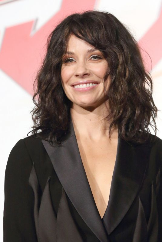 EVANGELINE LILLY at Ant-man and the Wasp Photocall in Tokyo 08/21/2018