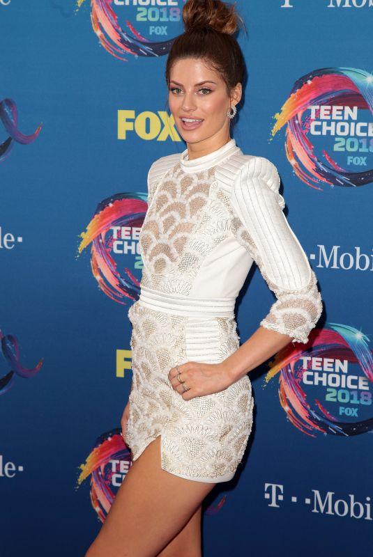 HANNAH STOCKING at 2018 Teen Choice Awards in Beverly Hills 08/12/2018