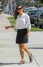 JENNIFER GARNER Arrives at a Church in Pacific Palisades 08/19/2018