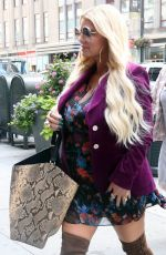 JESSICA SIMPSON Leaves Her Hotel in New York 07/30/2018