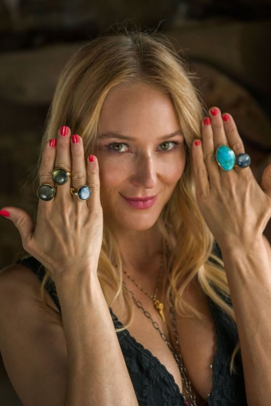 JEWEL KILCHER for Songlines by Jewel Jewelry Collection, August 2018