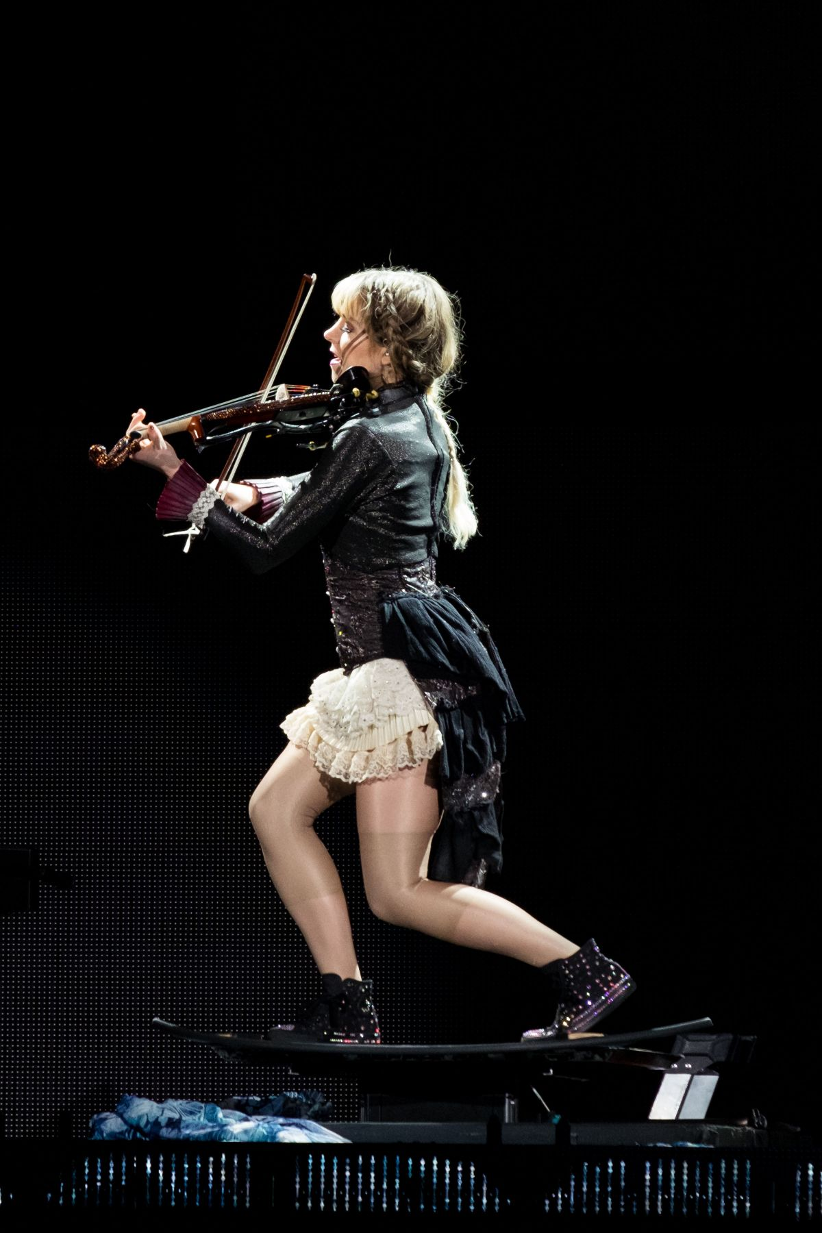 Lindsey Stirling Performs At Coral Sky Amphitheatre In
