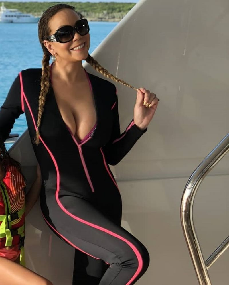 MARIAH CAREY in Wetsuit, 08/15/2018 Twitter Pictures ...