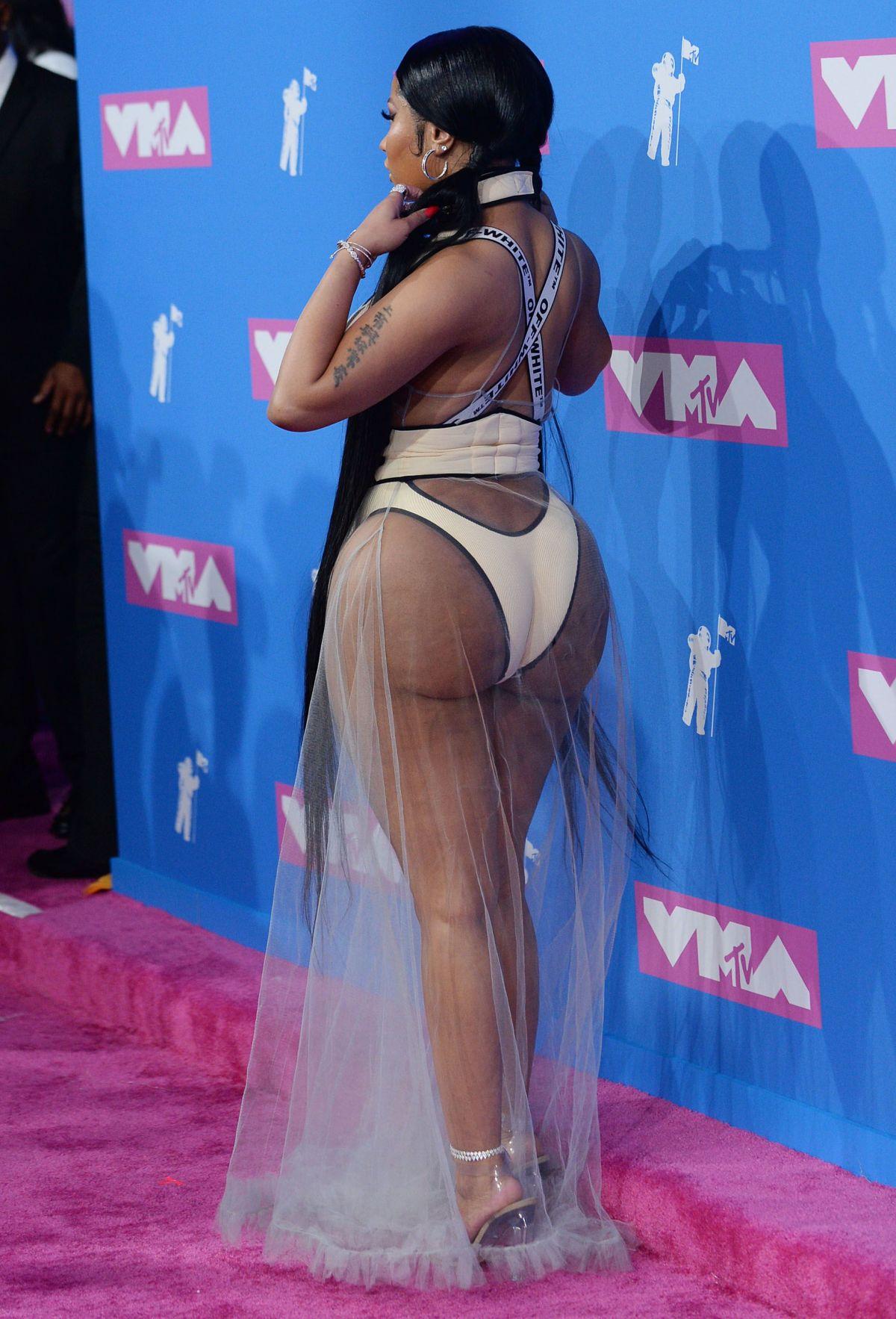 Nicki minaj big booty