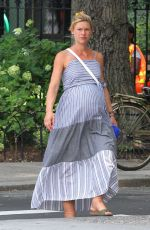 Pregnant CLAIRE DANES Out in New York 08/26/2018